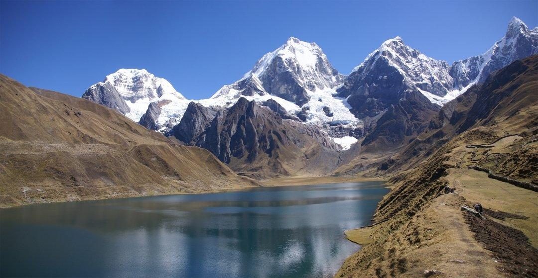 Beste reistijd Peru, bergen met sneeuw